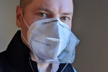 Chris Zaic wearing the mask cover over a N95 mask